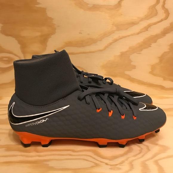 ba2cc7913c89 Nike Hypervenom Phantom III 3 Academy DF FG Cleats